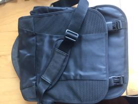 超大容量电脑包 单双肩包 商务包 (企业定制)