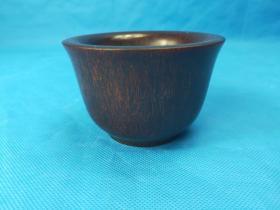 清乾隆 老西牛角雕杯  重216克  打磨精到包浆自然   纹理清晰 ,老道时代特征,喜爱的朋友收藏品