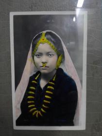 稀少民国1912-1920年间西藏大吉岭不丹尼泊尔地区贵族少女手工上色照片,带原框