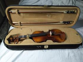 华蕴牌4分之3小提琴