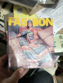 英文原版:FASHION 100 JAHRE MODE Gettyimages 翻译:100年时尚服饰