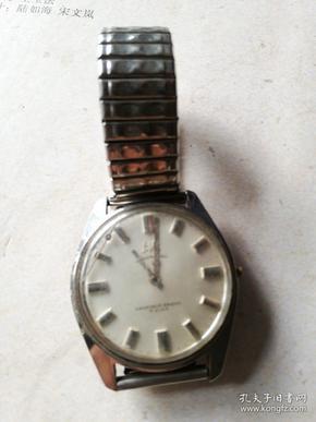 旧手表(上海手表厂)1524--727秒针.分针都掉了在里面