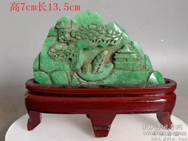 清代传世雕工不错的老翡翠山子摆件22