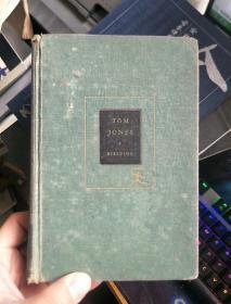 英文原版 TOM JONES(封面背面贴有圣约翰大学藏书票)