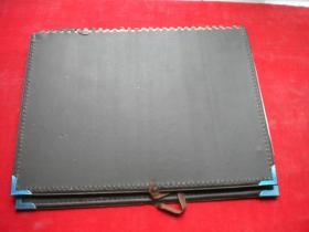 《古鸟争春古生物台历2003年》长15厘米宽21厘米,2003出版,N442号,台历