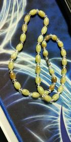黄白老玉,玉石项链,水晶隔珠!喜欢别错过哦