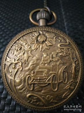 欧美国家早期纯铜双开经典老爷车机械怀表一件,尺寸:55毫米,上完发条可正常走时、