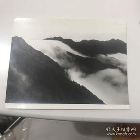 井冈山瀑布云