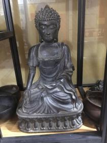 仿古铜佛像