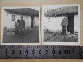 老照片【1971年春节,茅草房一家人】2张