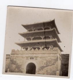 民国报纸图片类----民国原版老照片--1930年前后时间, 城楼