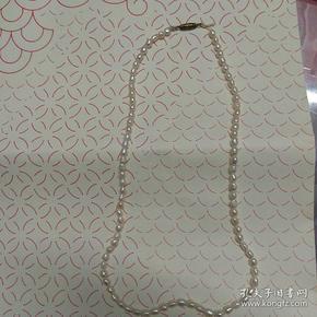 天然珍珠项链(86粒串成,包真)