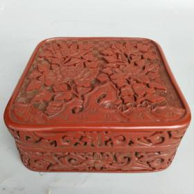 剔红漆器盒 深浮雕花开富贵漆器盒