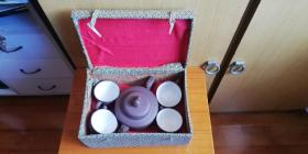 约八十年代   张晓芬 精制紫砂壶 、 上白釉四杯  —— 全品 盒装!
