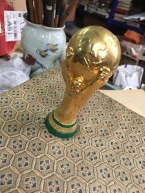 奖杯一个FIFA  WORLD CUP  国际足联世界杯