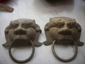 民国时期-从老门上拆下-黄铜【虎头】门环一对!长16.5/13厘米,重3.6斤