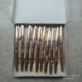 大公龙凤雕钢笔