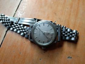 少见的安徽蚌埠手表厂产黄山牌手表