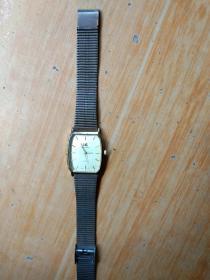 上海牌石英手表