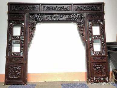 清中期,榉木影视墙一套,雕工精细,完整漂亮包老到代。