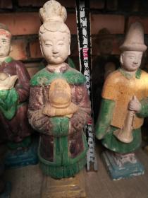 瓷器类;五彩瓷人物一个高24厘米