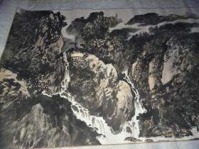 六尺整纸山水画一副