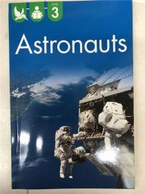 尾单书 reading alone with some help level3 astronauts  平装 在帮助下独自阅读系列3 航天员