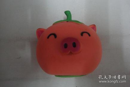 猪形储蓄罐