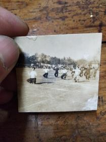 五六十年代南京大学――体育场蛙跳比赛 照片