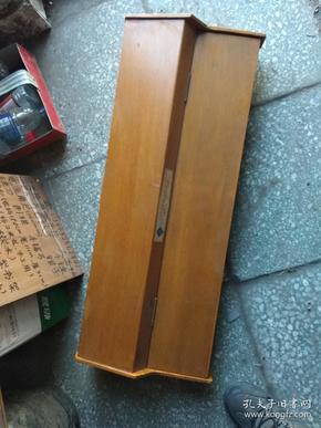 佳鹰牌木壳电子琴