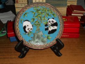 老景泰蓝盘(熊猫图案)直径15.7cm 重300克