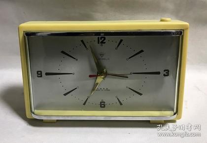 老式电闹钟怀旧老物件钻石老电子闹钟