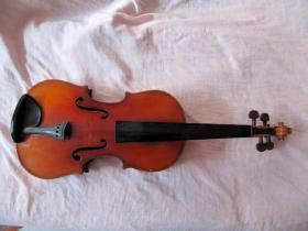 """五、六十年代""""百灵""""小提琴"""