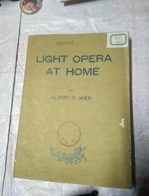 LIGHT OPERA AT HOME《轻歌剧曲选》最低价。