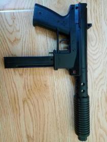 老儿童玩具枪