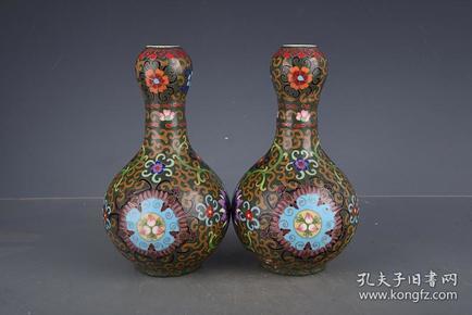 明成化掐丝珐琅彩花卉纹蒜头瓶