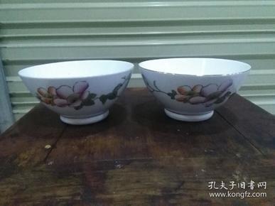 70年代景德镇制花卉瓷碗一对[有特色]