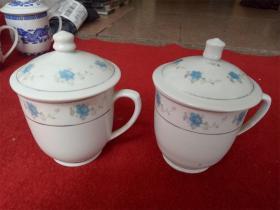 怀旧收藏 八十年代陶瓷水杯 白底小蓝花图案江西产高13cm直径9cm