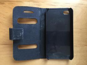 iPhone 4 手机壳 塑料材质 (外层翻盖皮革)