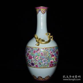 清雍正年粉彩万花鎏金盘龙纹瓶