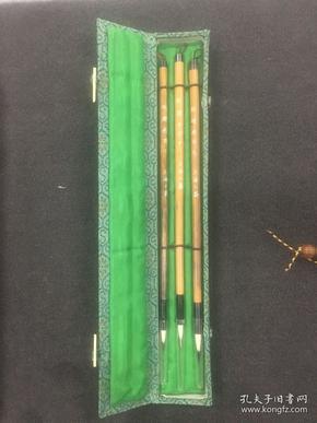 毛笔--80年代上海工艺出品 火炬牌 妩媚画羽 三支一套的经典老笔