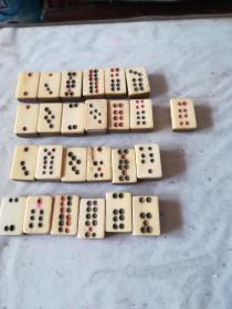 漂亮清代竹子骨质牌九一套,共25张