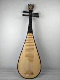 民国时期,乐器老琵琶,包存完整,包浆浓厚,正常使用,包老