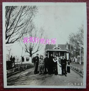 老照片:哈尔滨——松花江畔,1953年——五四青年节【桐阴委羽系列】