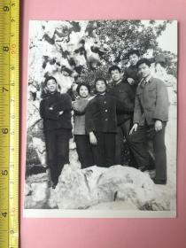 照片,文革,1975年1月,上海复兴公园,2张