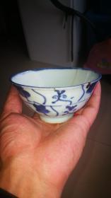明代青花茶碗