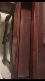 清末民初老橱柜,大红酸枝如图。可寻细图