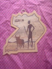 乌干达特色手工艺品木板画《猎牛》