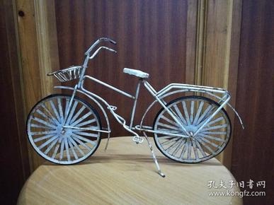 精美的文革手工制作铁自行车模型