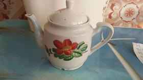 老茶壶 摆件  花
